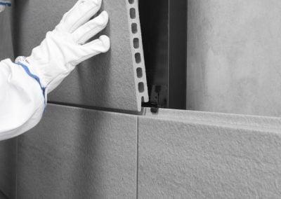 Montaje de placa de fachadda ventilada